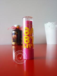 Baby Lips - czyli pomadka z reklamy z Maćkiem Musiałem - czy aby napewno jest tak idealna?