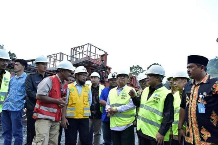 Gubernur Tinjau Pembangunan PLTA Batang Merangin Kerinci Didampingi Wabup Ami Taher