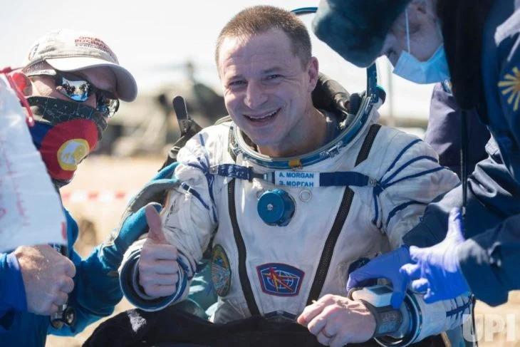 Astronautas pasan 200 días en el espacio, regresan a la Tierra y ven todo lo del Covid-19