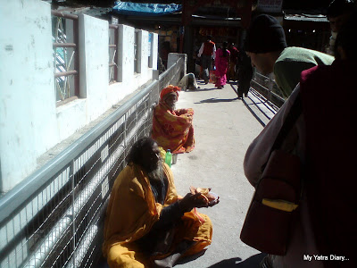 Charity to the poor and needy in Badrinath
