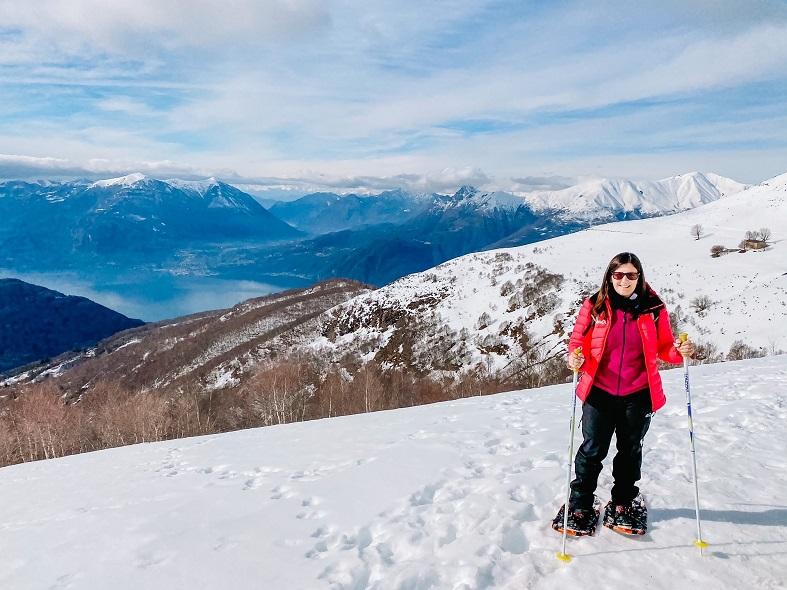 Noleggiare le ciaspole all'Alpe Giumello