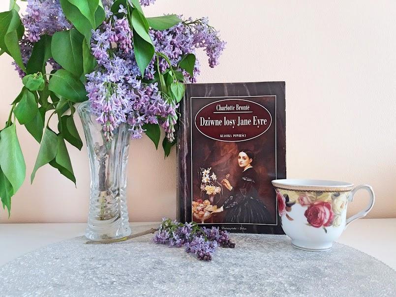 """Literatura klasyczna: """"Dziwne losy Jane Eyre"""" - Charlotte Bronte, """"Ania z Szumiących Topoli"""" - Lucy Maud Montgomery"""