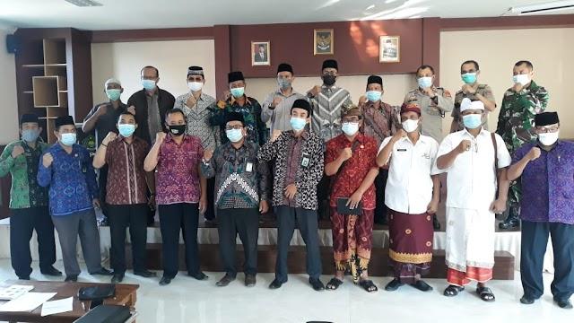 MUI Buleleng Sikapi Surat Edaran Bupati Buleleng Terkait Pelaksanaan Sholat Idul Fitri 1442H/2021M.