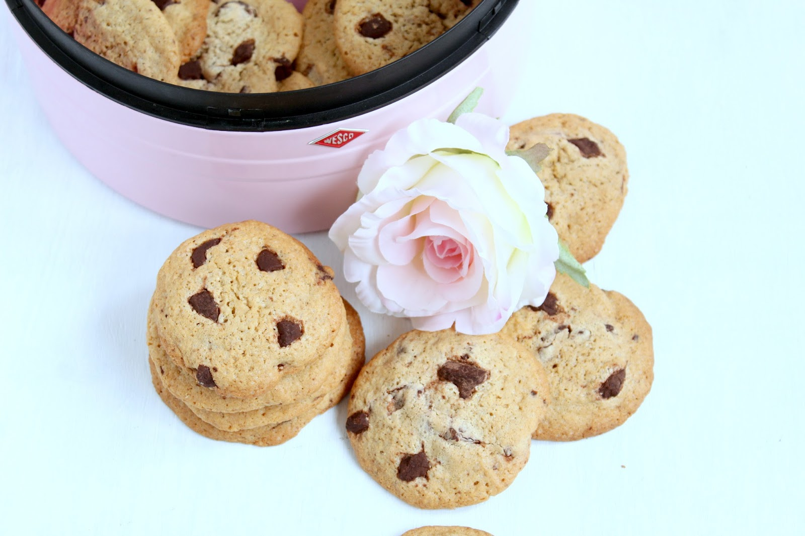american chocolate chip cookies. Black Bedroom Furniture Sets. Home Design Ideas