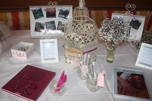 Geschenketisch - Schleierkraut-Wolken in rosa und weiß - Sommerhochzeit in Bayern, Garmisch-Partenkirchen, Riessersee Hotel, Hochzeitshotel, Babies breath wedding