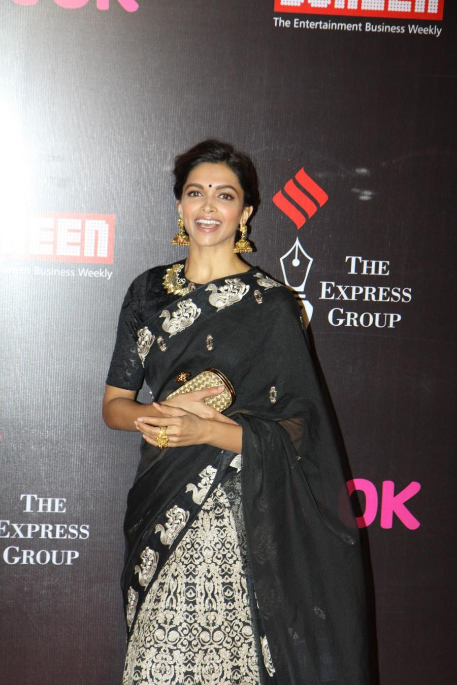 Deepika Padukone In Black Saree At Screen Awards