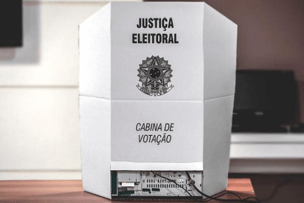 Prazo para tirar, transferir ou regularizar o título de eleitor termina amanhã (6)