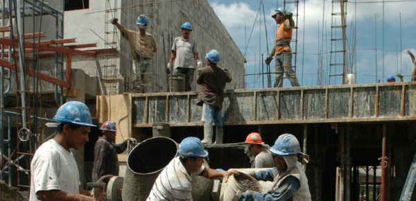 Malas políticas incentivan la informalidad laboral