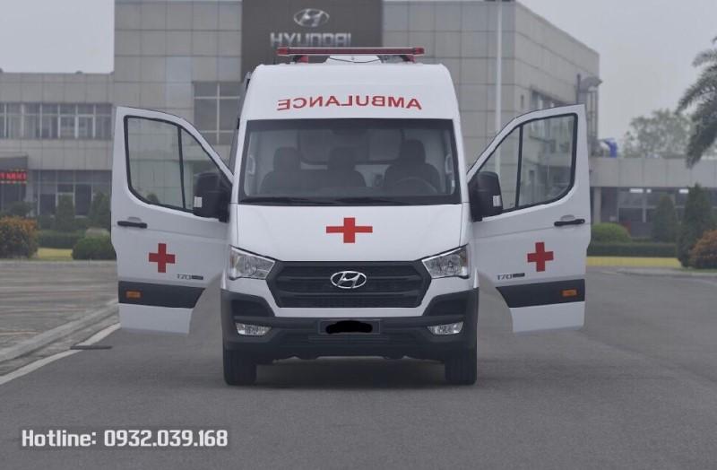 Ngoại thất Hyundai Solati cứu thương
