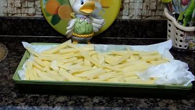 البطاطس المقلية ورقائق البطاطس