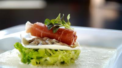 ravioles d'huîtres et jambon cru