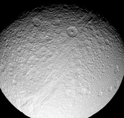 Moons of Saturn may be younger than the dinosaurs