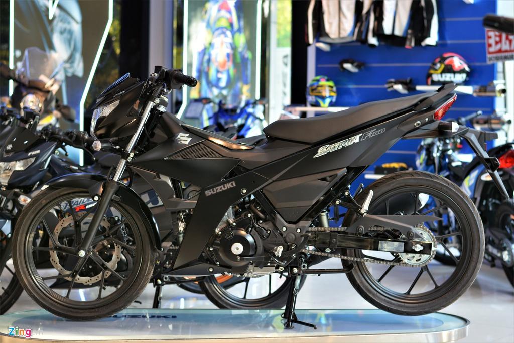 Cách phân biệt Suzuki Satria F150 chính hãng và nhập khẩu tư nhân