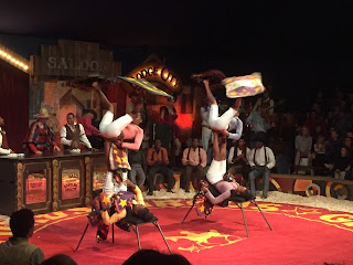 Acrobats at Giffords Circus
