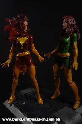 Marvel Legends Dark Phoenix and the X-Men's Phoenix