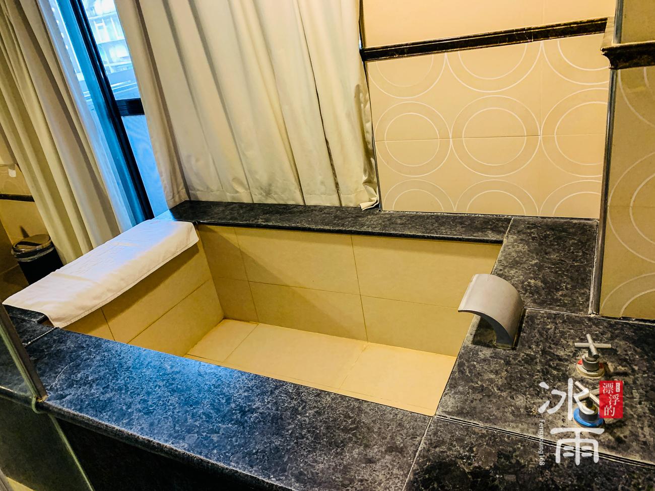 川湯春天溫泉飯店德陽館|室內浴池