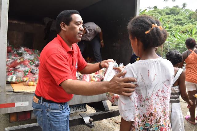 Comedores Económicos distribuye alimentos crudos y cocidos A ...