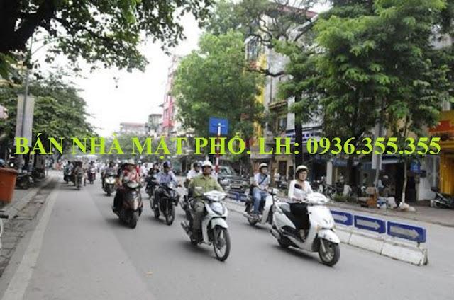 Bán nhà mặt phố Hàng Bài, Phố Huế
