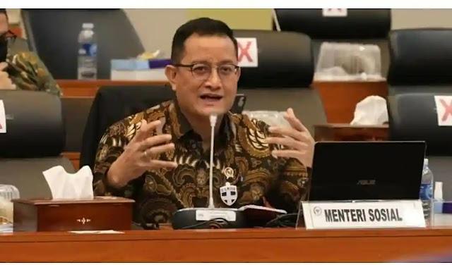 Komisi Pemberantasan Korupsi (KPK) menetapkan Menteri Sosial Juliari P Batubara (JPB) sebagai tersangka kasus dugaan suap pengadaan barang atau jasa terkait bantuan sosial (bansos) penanganan Covid-19. Penetapan tersangka ini merupakan tindak lanjut atas operasi tangkap tangan yang dilakukan KPK pada Jumat (5/12/2020) dini hari