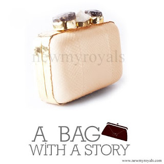 Queen Mathilde Style A Bag with a Story Clutch bag