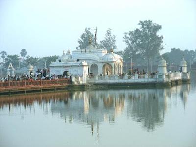 Jal Mandir in Pawapuri