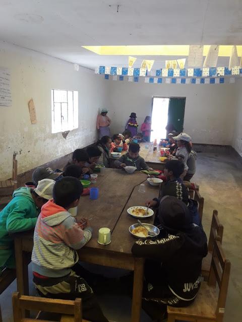 Auch in diesem Schuljahr konnte ich wieder Lebensmittel für die Schulspeisung zur Verfügung stellen. So bekommen unsere Schülerinnen und Schüler ein warmes Mittagessen und ein Frühstück.