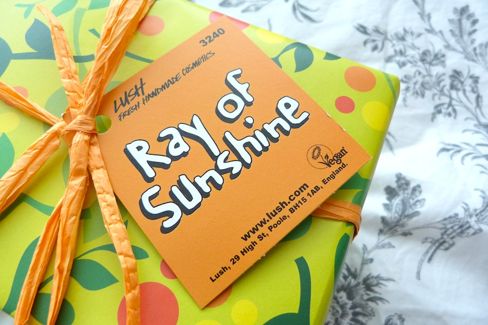 an image of lush ray of sunshine gift set