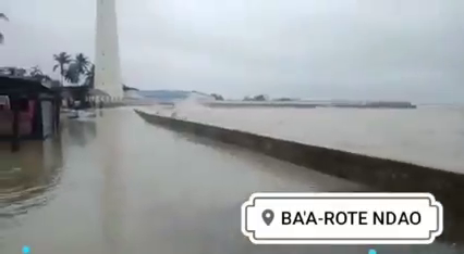 Jadi Pusaran Bibit Siklon Seroja, Jaringan Komunikasi di Rote Ndao Putus Total.lelemuku.com.jpg