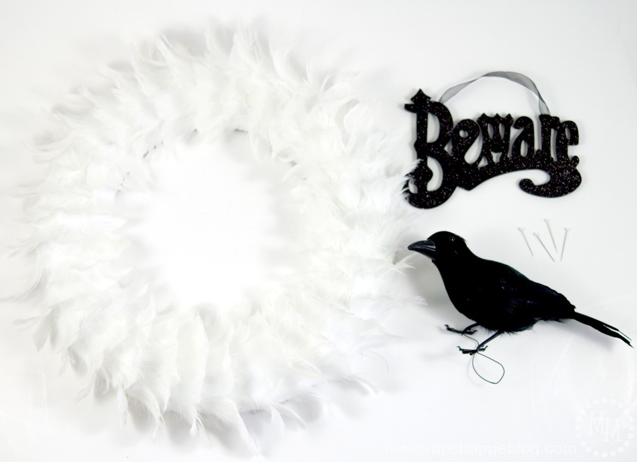 Simple Glam Halloween Wreath supplies