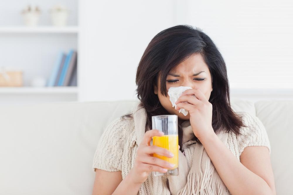 A vitamina C ajuda com resfriados - fato ou ficção?