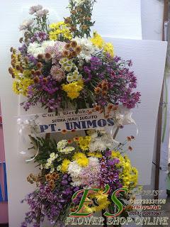 karangan bunga standing flower turut berduka cita