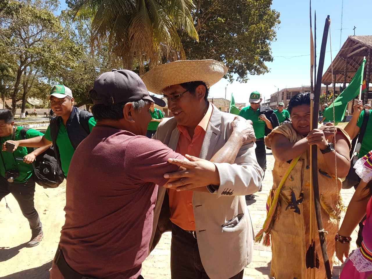 El candidato y gobernador llegó por primera vez a esa zona amazónica / MTS