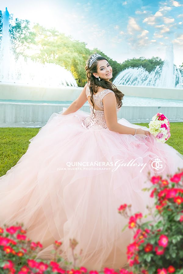 places-take-best-quinceaneras-gallery-15-xv-pictures-houston-texas-juan-huerta-photography-video