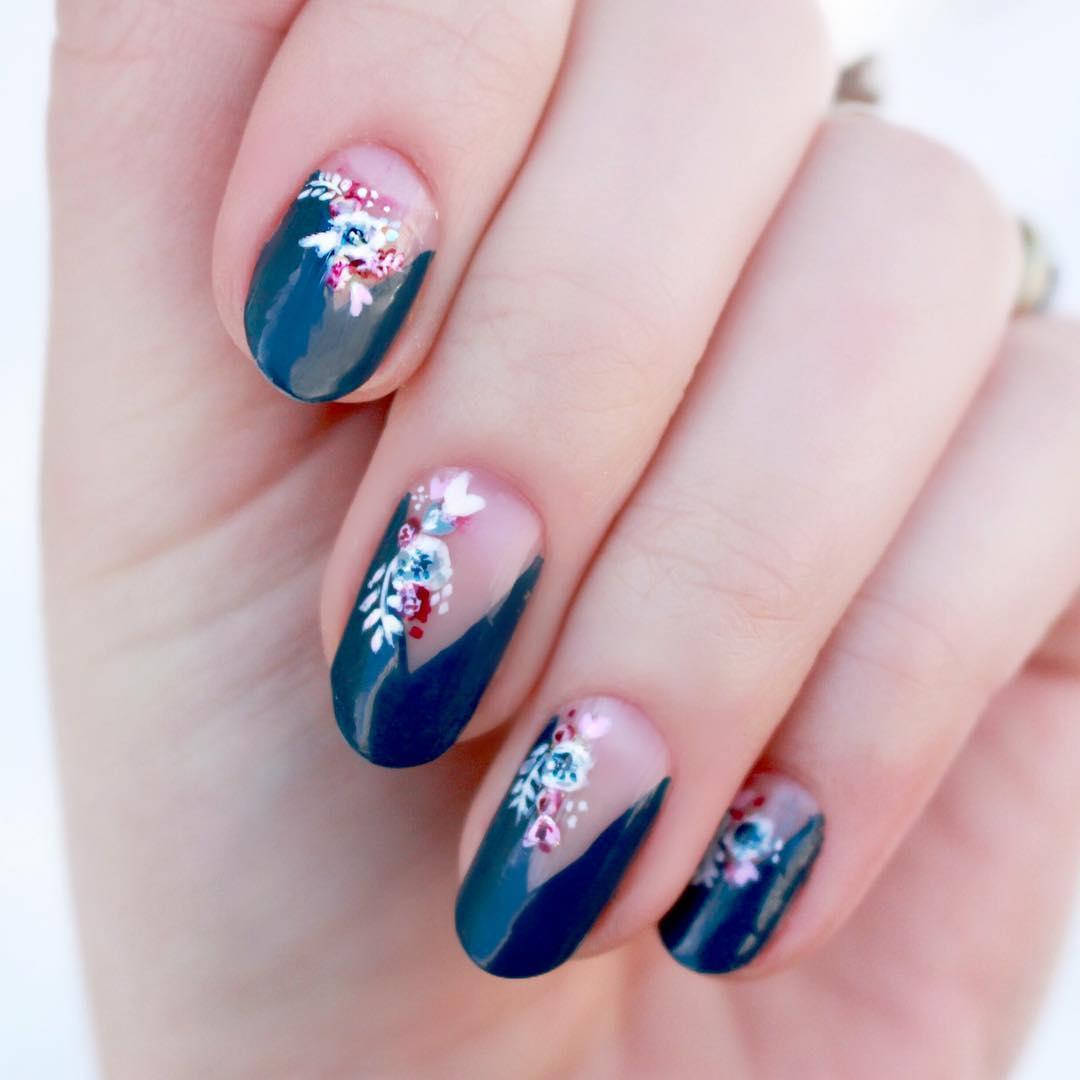 nail-art-con-fiori