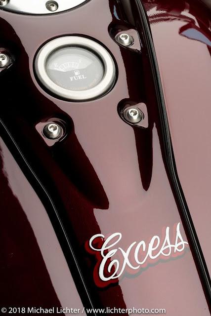 'Excess' é uma moto personalizada (custom bike) Brandywine FXR