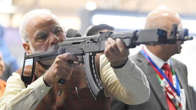 """هل يكون رئيس وزراء الهند """"الفاشي"""" شرارة إشعال نار الحرب بين الهند والصين؟"""