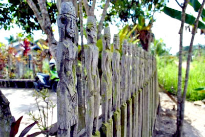 Not many people know nearly the beingness of Kampung Batu Buroq inward West Kutai BaliTourismMap: Theres a cool engraving Dayak, inward this village