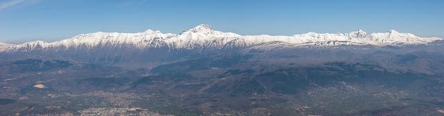 Catena del Gran Sasso da monte Ocre