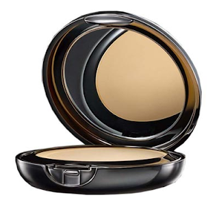 Lakme Absolute Wet and Dry Compact: