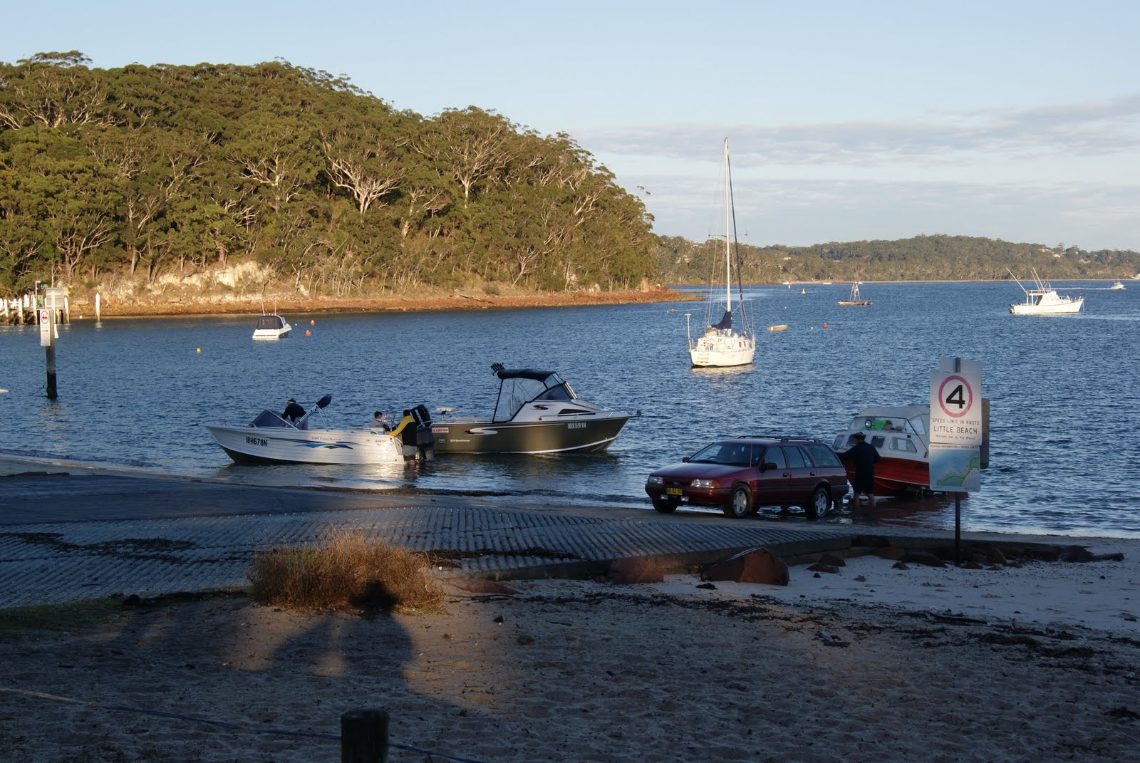 Caravanning Around Australia: Caravan Park Nelson Bay NSW
