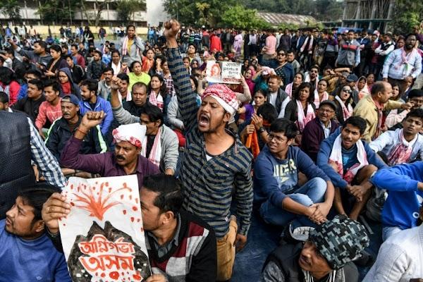 """Uttar Pradesh Mulai Berlakukan UU Kewarganegaraan yang 'Anti-Muslim"""""""