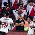 Flamengo se impõe, empata com Inter e está na semi da Libertadores após 35 anos