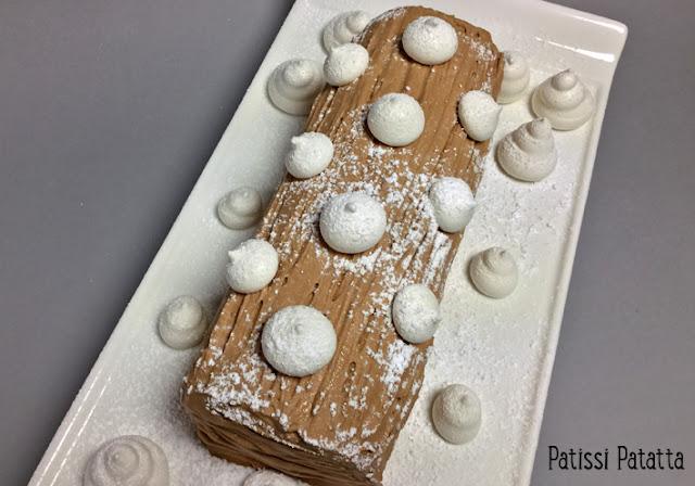 recette de bûche clémentines et chocolat au lait, bûche clémentine, ganache montée chocolat au lait, décors en meringue, compotée de clémentines, bûche de Noël, bûche pâtissière, pâtisserie, patissi-patatta