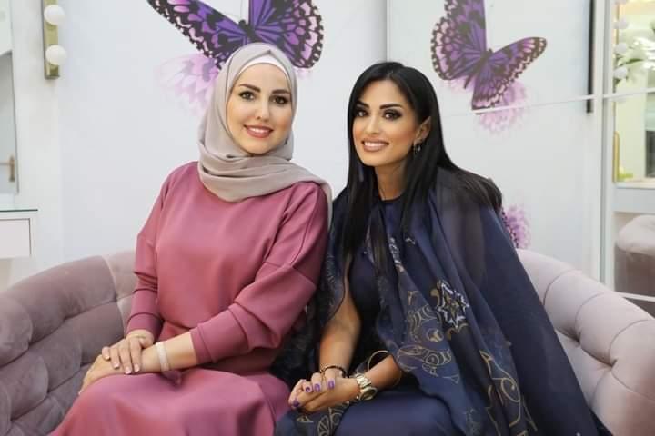 الإعلامية كريستينا عياد تلتقي بالبلوجر رشا البيك مديرة صالون Salon 900 By cocoona