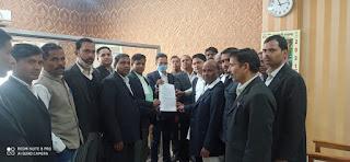 उन्नाव कांड को लेकर डॉ अंबेडकर राष्ट्रीय अधिवक्ता मंच ने मुख्यमंत्री व राज्यपाल को भेजा ज्ञापन