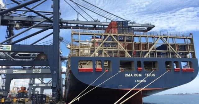 Program Tol Laut Sukses, Kapal Raksasa Merapat ke Jakarta, Ekonomi Bangkit, Singapura Ketar-Ketir