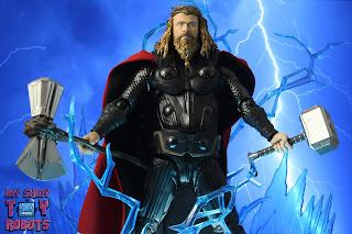 S.H. Figuarts Thor Endgame 30