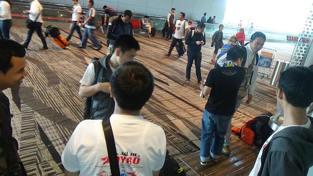 Lomba Robotik AYRO Internasional Singapura 2016 | Sesampai di Changi Airport Terminal 3