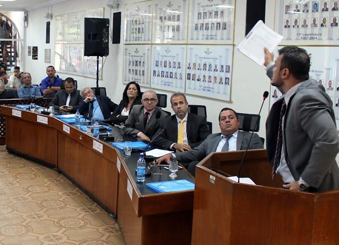 Câmara de Vereadores de Goiana aprova abertura de impeachment contra prefeito e vice