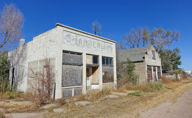Abandoned buildings in Roscoe Nebraska